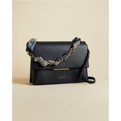 Leather Chain Bar Detail Shoulder Bag