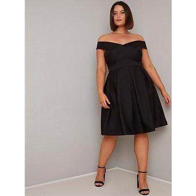 Chi Chi London Curve Curve Sevda Dress