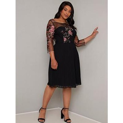 Chi Chi London Curve Adalee Dress - Black