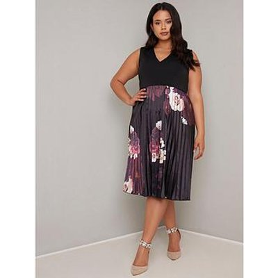 Chi Chi London Curve Arden Dress - Black