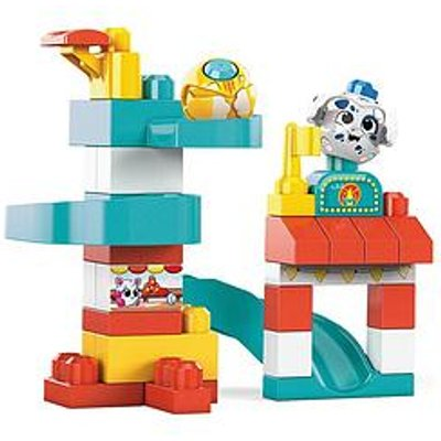 Mega Bloks Peek A Blocks Chase &Amp; Slide Playhouse