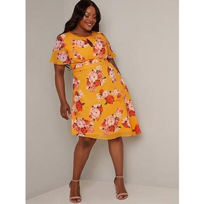 Chi Chi London Curve Darya Dress - Yellow