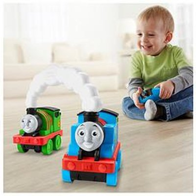 Thomas & Friends Race &Amp; Chase Remote Control Train Engine