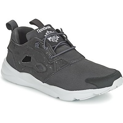 Reebok Classic  FURYLITE SP  men's Shoes (Trainers) in Grey