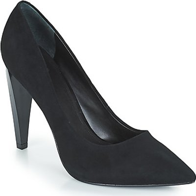 Guess  OBELLA  women s Court Shoes in Black - 0192553222845