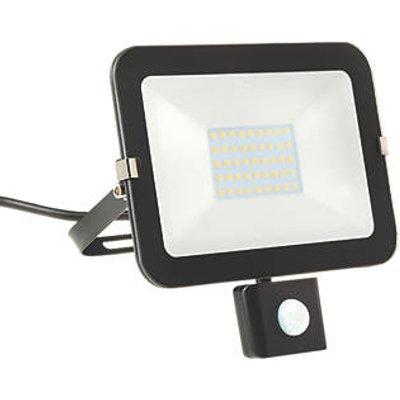 Brackenheath iSpot Outdoor LED Slim Floodlight With PIR Sensor Black 30W 2700lm (658FH)