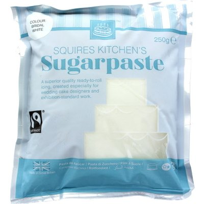 Squires Kitchen White Fairtrade Sugarpaste Ready to Roll Icing