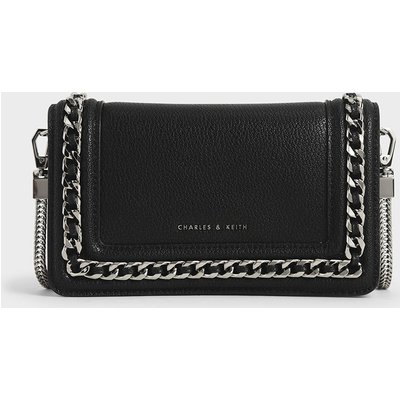 Chain-Trimmed Clutch