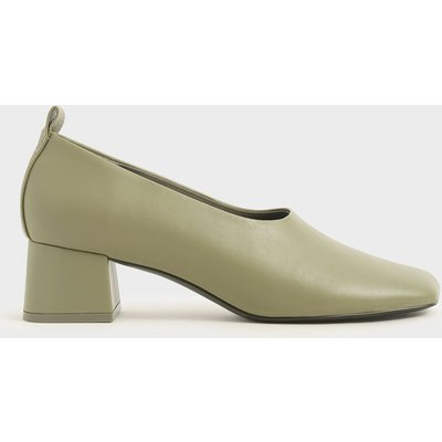 Block Heel Round Toe Court Shoes