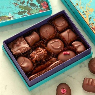 Fortnum & Mason Milk Chocolate Selection Box, 120g
