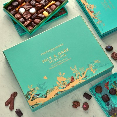 Fortnum & Mason Milk & Dark Chocolate Selection Box, 2.275Kg