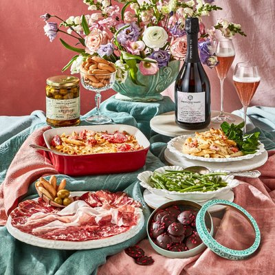 The Fortnum's Valentine's Meal With Sparkling Tea