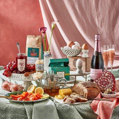 Fortnum & Mason Valentine's Champagne Breakfast Box
