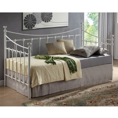 Florida Vintage Style Metal Daybed In Ivory