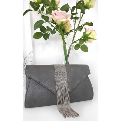 IKRUSH Womens Yasmin Tassel Chain Clutch Bag, Grey