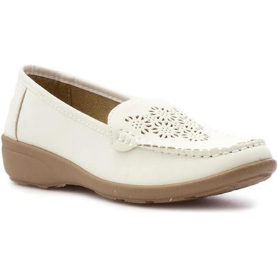 Softlites Womens White Casual Wedge Loafer Shoe