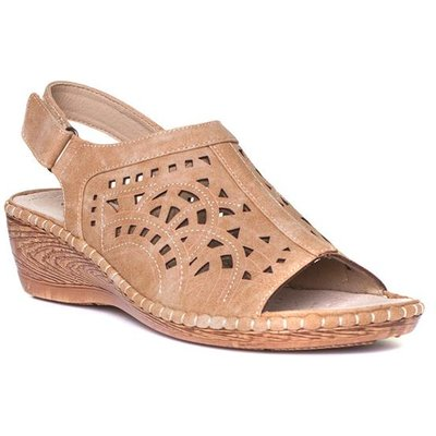 Cushion Walk Womens Tan Wedge Sandals