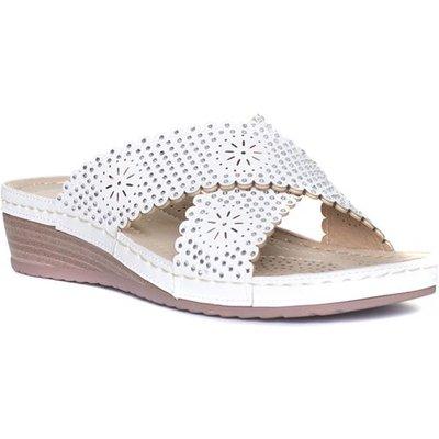 Lilley Womens White Slip On Wedge Comfort Sandal