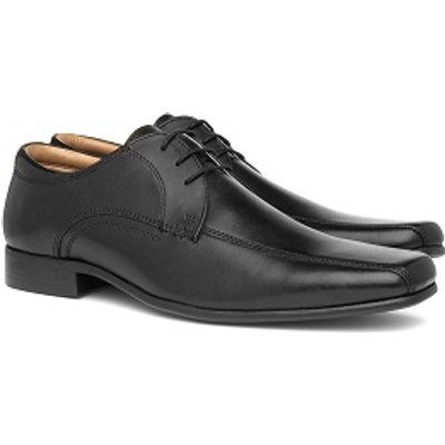 Red Tape Hartwell Mens Lace Up Brogue Shoe in Tan