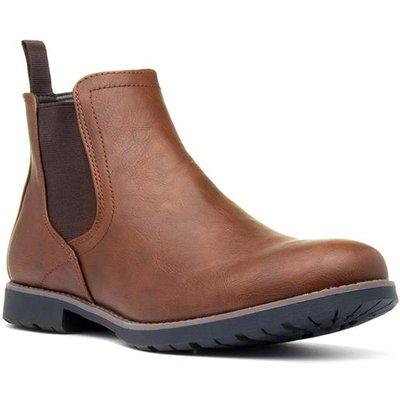 Beckett Mens Slip On Chelsea Boot in Tan