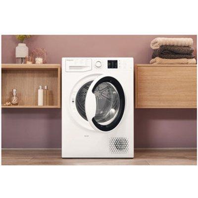 Hotpoint NTM1081WK 8kg Heat Pump Condenser Tumble Dryer in White A Rat