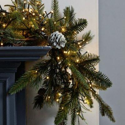 Cluster Christmas Tree Lights - 2000 Bulbs, Clear