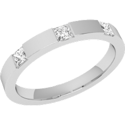 A stunning Princess Cut diamond set ladies wedding ring in 18ct white gold (In stock)