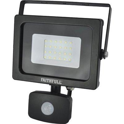 Faithfull Security Light With Pir 1600 Lumen 240v - 5023969315430