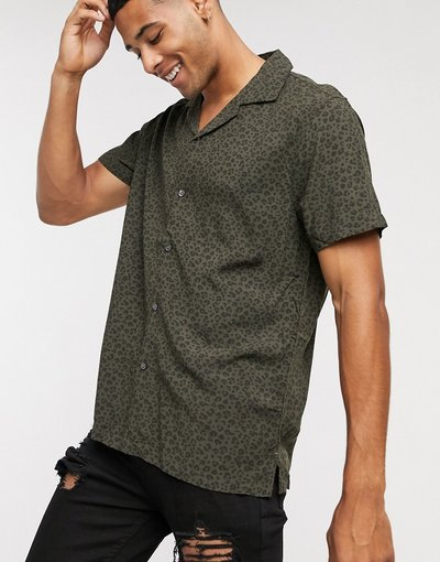 Camicia Verde uomo Camicia a maniche corte in viscosa verde leopardata - Abercrombie&Fitch