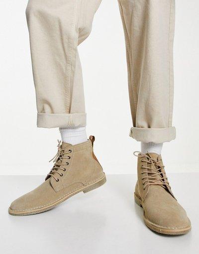 Stivali Grigio pietra uomo Desert boots in camoscio grigio pietra con dettagli in pelle - ASOS DESIGN