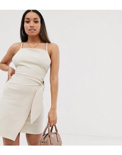 Crema donna Vestitino a portafoglio con stringhe sulla schiena e fibbia tartarugata - ASOS DESIGN Petite - Crema