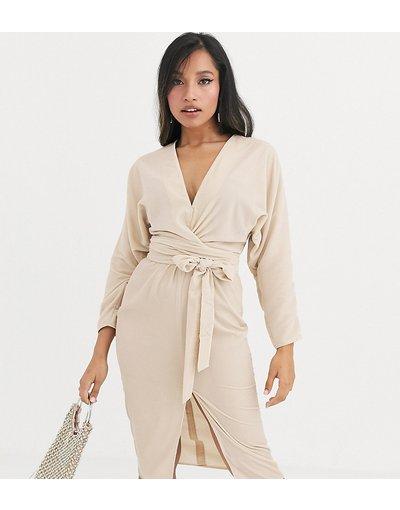 Crema donna Vestito midi a portafoglio in velluto con maniche ad ali di pipistrello - ASOS DESIGN Petite - Crema