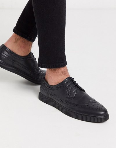 Scarpa elegante Nero uomo friendly in pelle sintetica nera con suola creeper - Scarpe brogue vegan - ASOS DESIGN - Nero