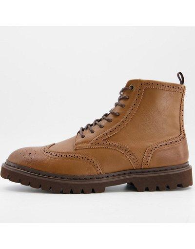 Scarpa elegante Cuoio uomo Scarponcini Brogue in pelle sintetica color cuoio con suola marrone - ASOS DESIGN