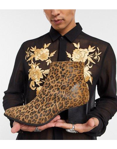 Sneackers Marrone uomo Stivaletti Chelsea pianta larga a punta con tacco e stampa leopardata - ASOS DESIGN - Marrone