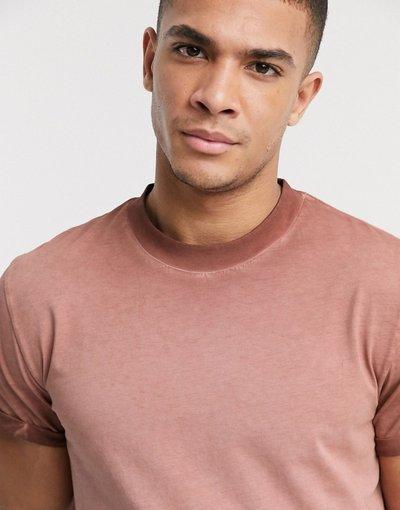 T-shirt Marrone uomo shirt rossa lavaggio pigmentato con risvolto sulle maniche - ASOS DESIGN - Marrone - T
