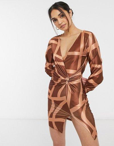 Beige donna Vestito camicia corto extra largo a maniche lunghe in raso con stampa a griglia - ASOS DESIGN - Beige