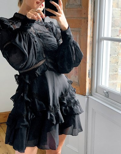 Rosa donna Vestito corto in stile vittoriano con inserti in pizzo nero - ASOS DESIGN - Rosa -