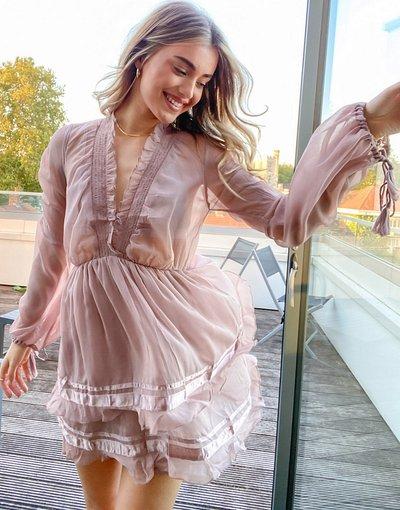 Viola donna Vestito corto morbido con volant e bordi in raso - ASOS DESIGN - Viola moda abbigliamento