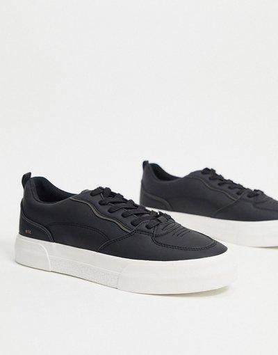 Stivali Nero uomo Sneakers nere con suola bianca - Join Life - Bershka - Nero