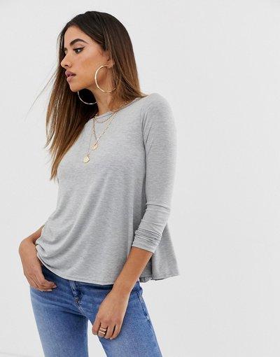 T-shirt Grigio donna Top basic grigio a maniche lunghe - Boohoo
