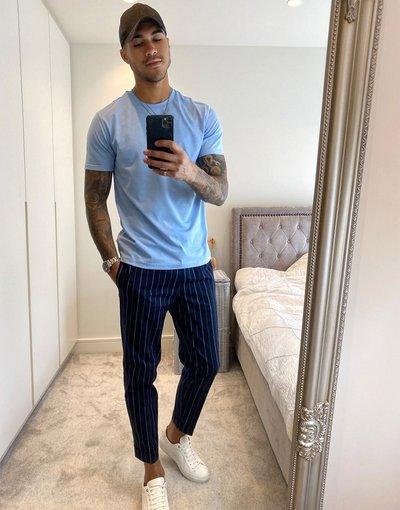 Navy uomo Pantaloni affusolati a righe blu navy e bianchi - Burton Menswear
