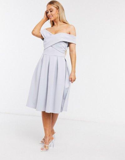 Blu donna Vestito da prom con spalle scoperte azzurro polvere - Chi Chi London - Blu