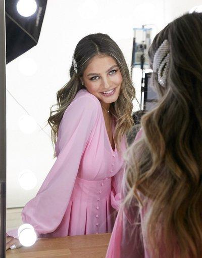 Rosa donna Vestito da giorno skater corto con bottoni rosa confetto - Esclusiva In The Style