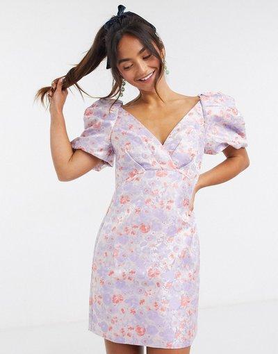 Multicolore donna Vestito corto in jacquard strutturato a fiori tenui con maniche a sbuffo - Forever New - Multicolore