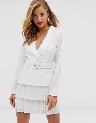 Bianco donna Vestito blazer bianco con scollo profondo e gonna a pieghe - In The Style x Dani Dyer