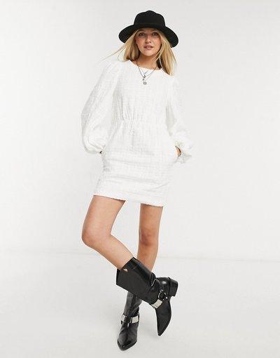 Nero donna Vestito grembiule con colletto oversize, colore bianco - In The Style x Lorna Luxe - Nero