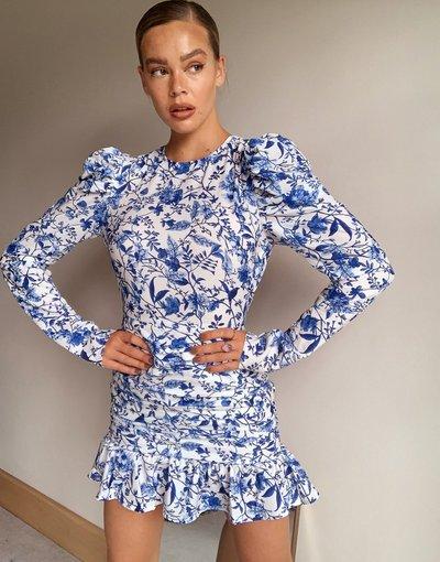 Multicolore donna Vestito skater arricciato aperto sul retro blu a fiori - In The Style x Lorna Luxe - Multicolore