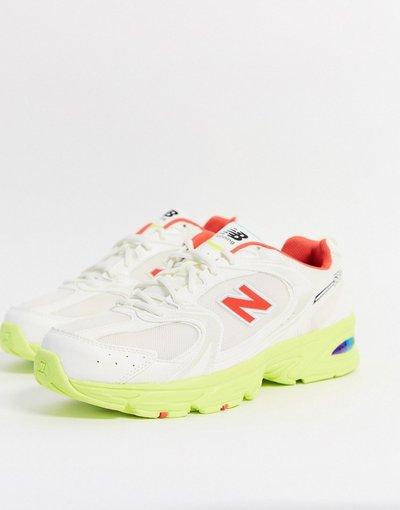 Stivali Grigio uomo Sneakers bianco sporco e giallo - New Balance - Grigio - 530
