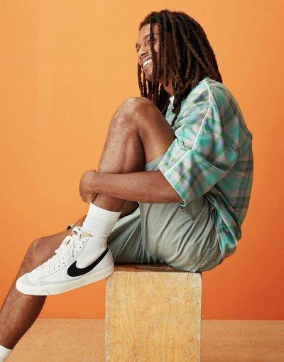 Stivali Bianco uomo Sneakers bianco/nero - Blazer Mid'77 - Nike